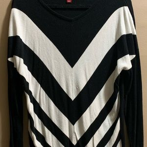 PLUS SIZE Cute Black and White Tunic